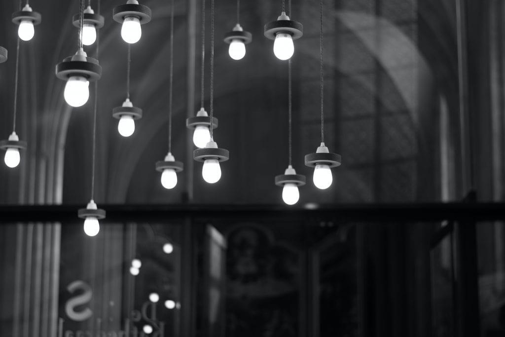 لامپ ال ای دی چیست؟