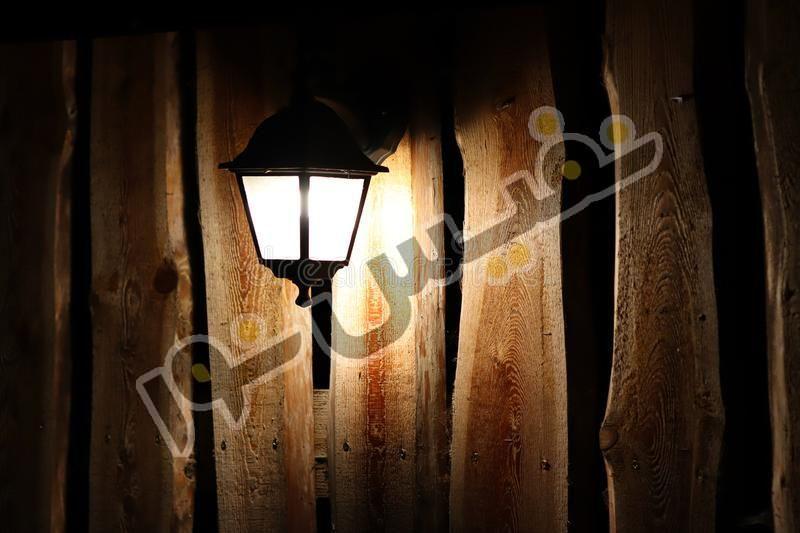 خرید و قیمت چراغ حیاطی پارکی دیواری فلزی رومی خمره ای OL21-D